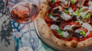 Pizza e bicchiere di vino